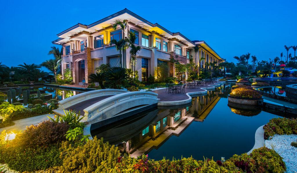 diamond city amenities